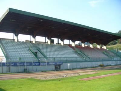 Sport/tribune_stadio_calcio2.JPG